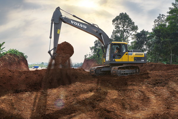 Babcock Africa, Related Articles, Volvo, Volvo EC200D