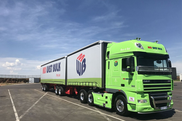 First DAF XF105 Super Space Cab in SA